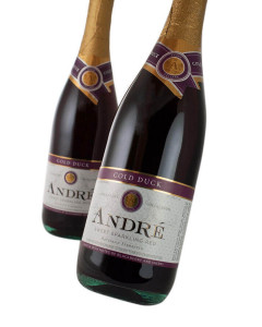 Andre Cold Duck Sparkling Sweet Red