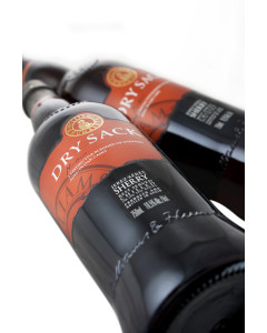 Williams & Humbert Dry Sack Medium Dry Sherry